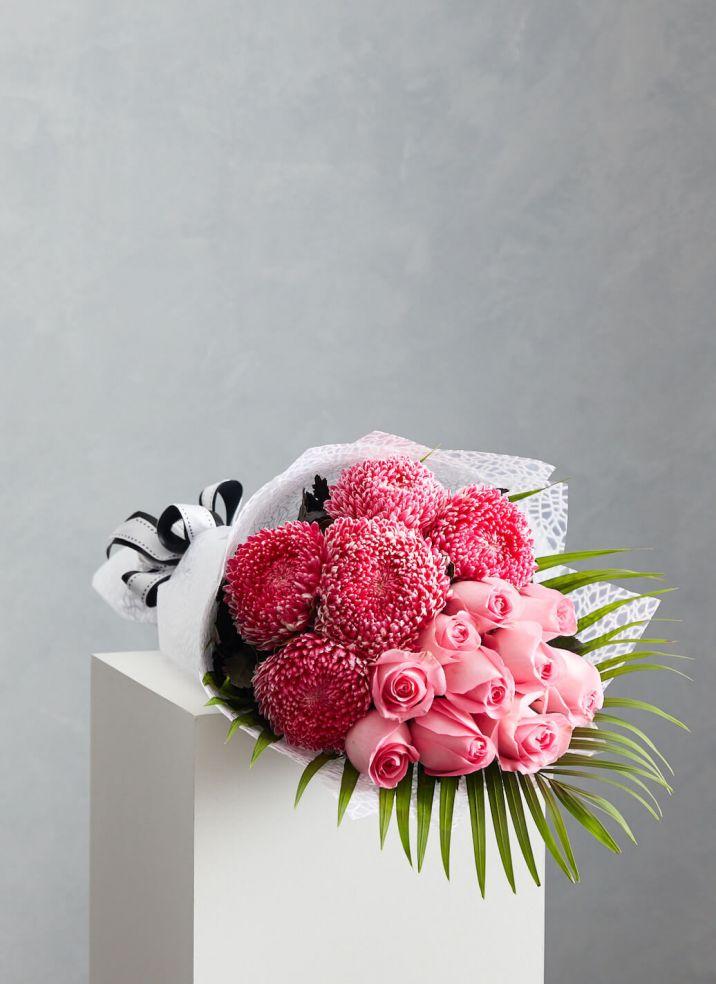 Disbud & Roses