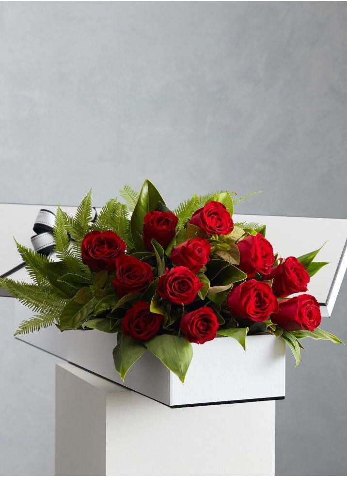 Dozen Rose Signature Box