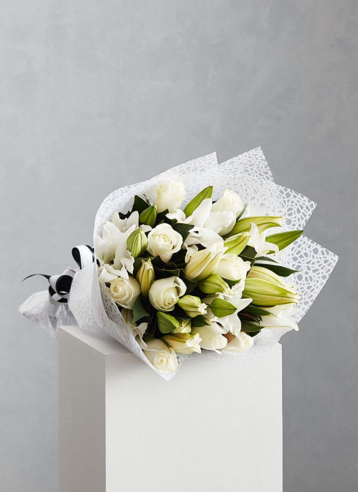 Roses & Scented Lilies